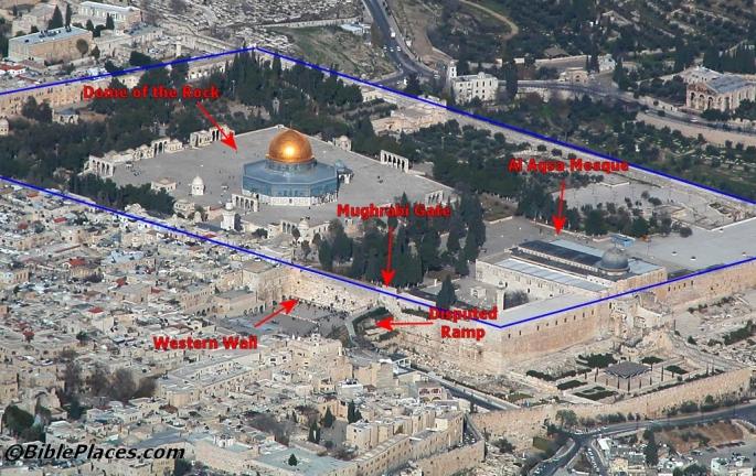 TempleMountandWesternWallaerialfromswtb010703235_labeled9